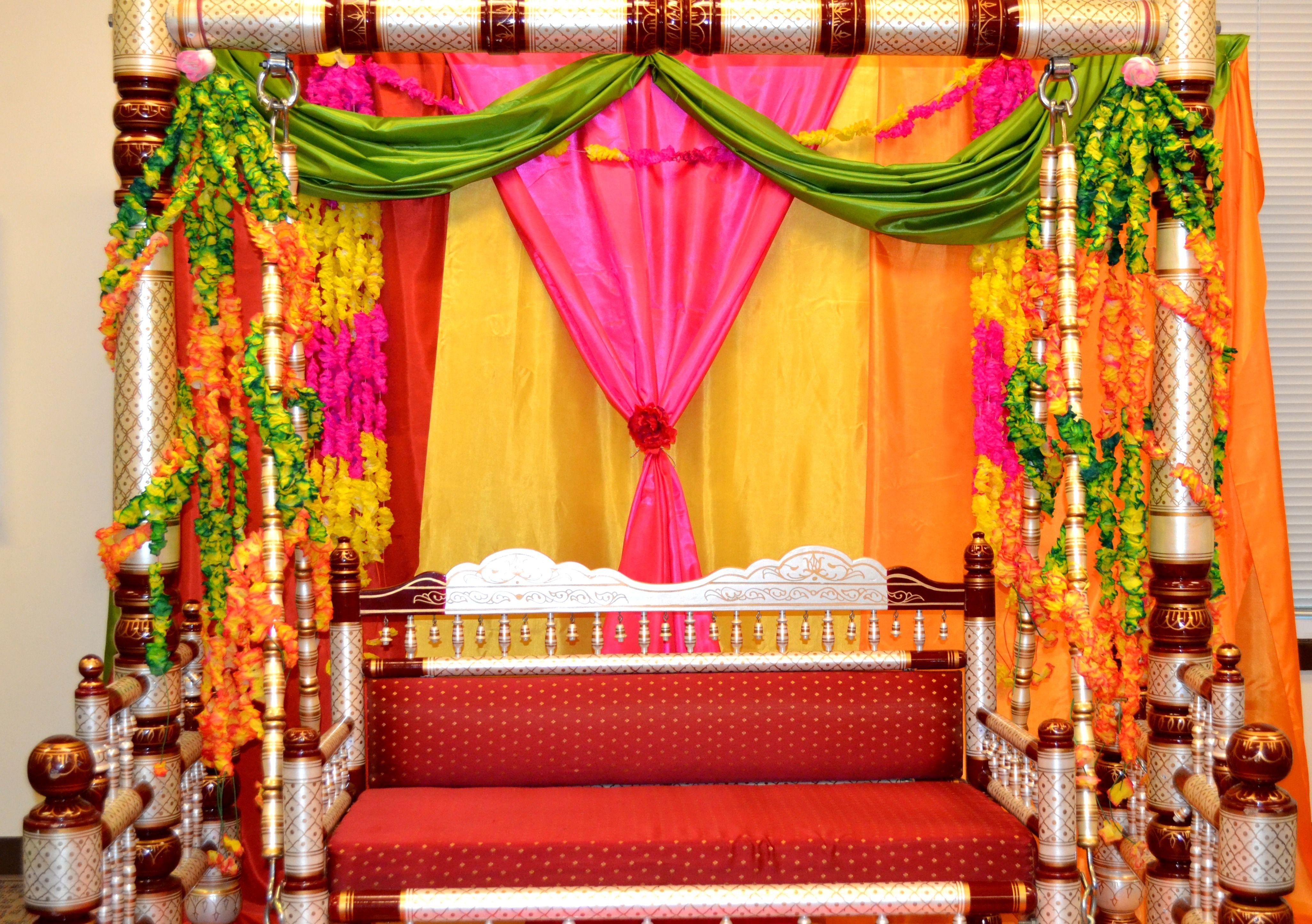 Mehndi Jhoola Mehndi decor, Indian wedding decorations