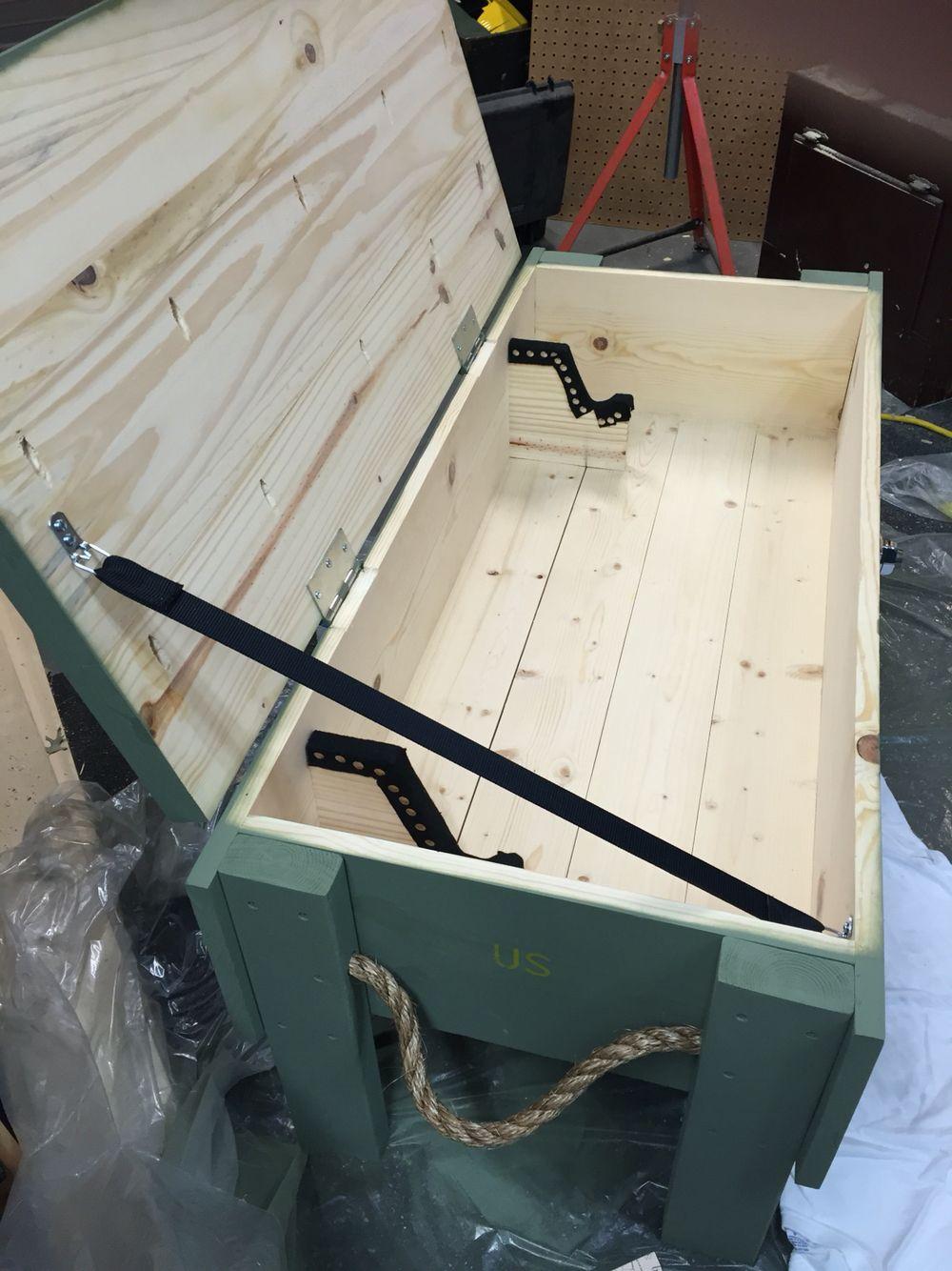 ammo gun crate coffee table with gun rack inside pallet stuff rh pinterest com