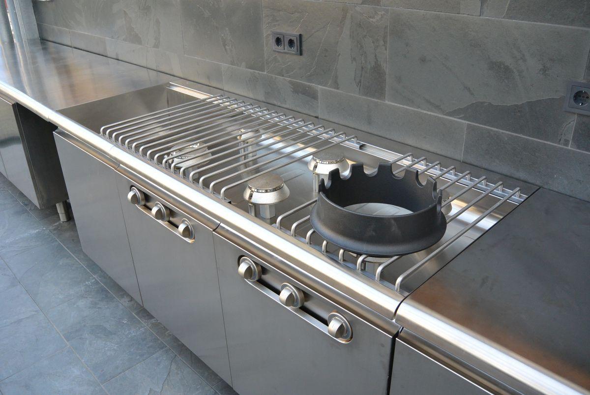 Einbauküche Frankfurt 8linden i edelstahlküche linear i küchen aus frankfurt küchen