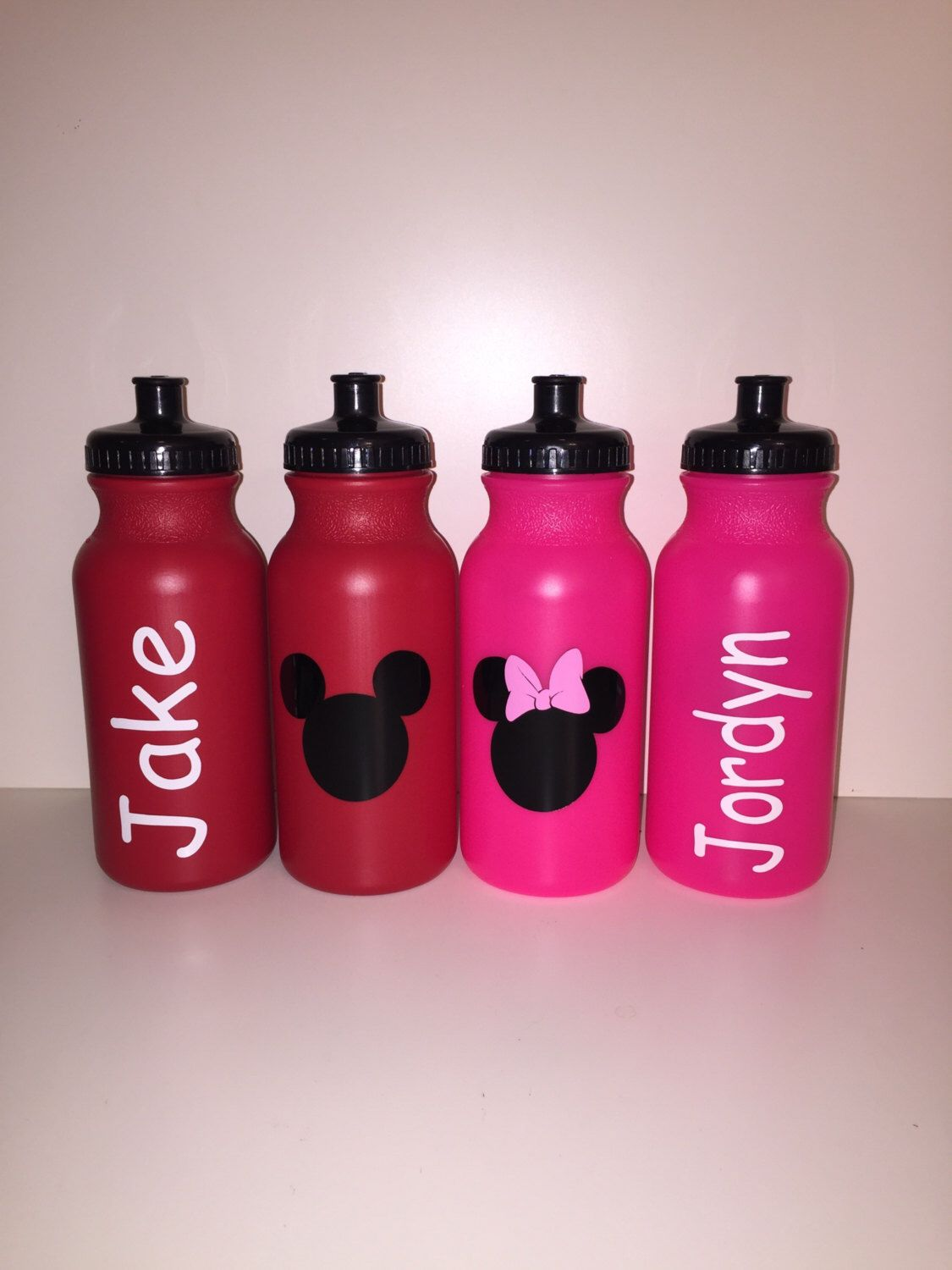 personalized kids party favor sport bottles mickey minnie
