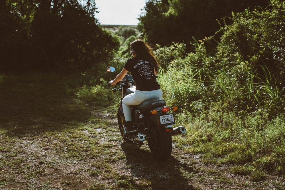 Lily Moto guzzi, Clothing co, Moto