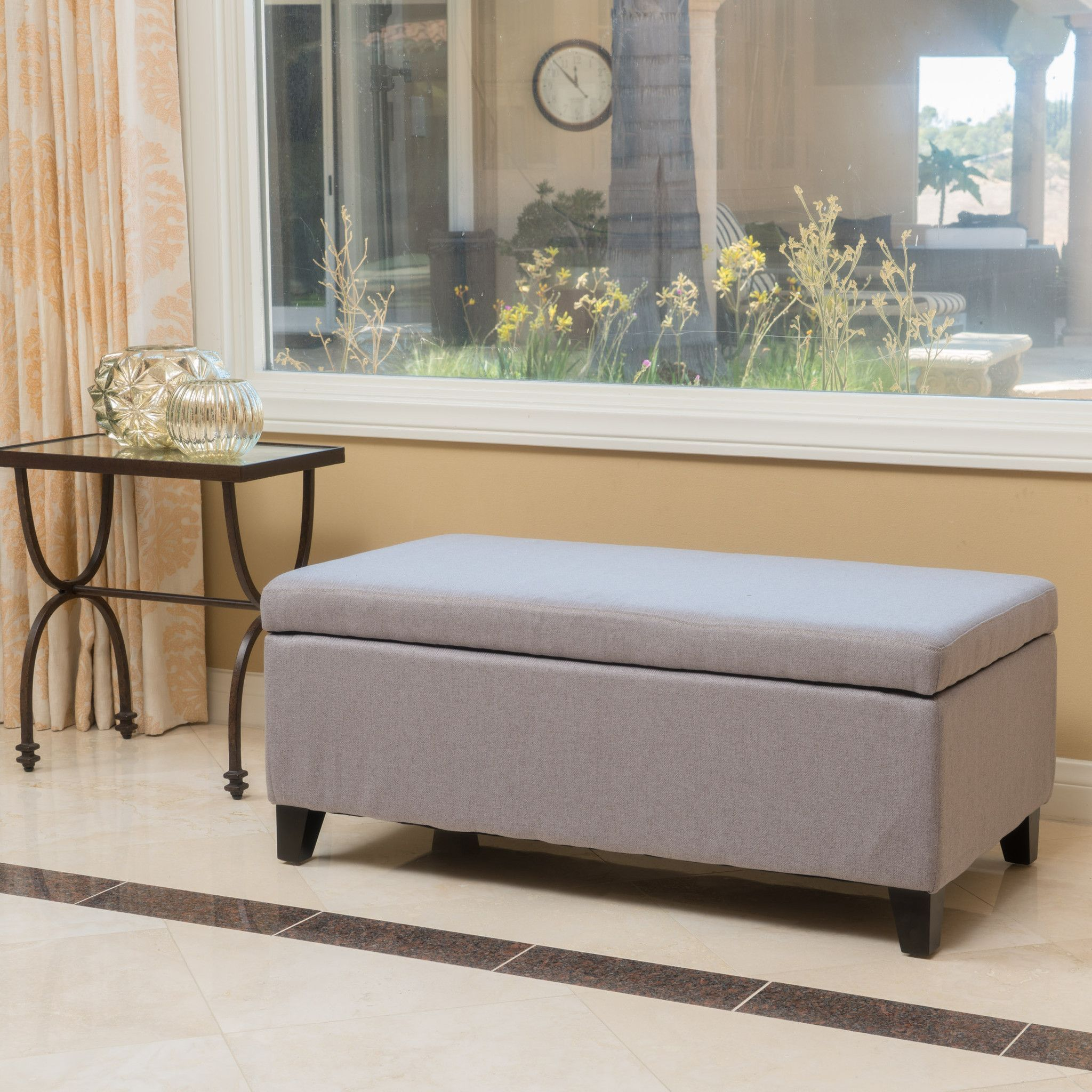 Enjoy this storage ottoman bench in your
