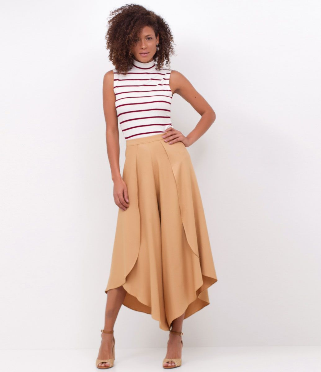 03cdaed8d6 Saia calça feminina Com pontas Marca  Marfinno Tecido  viscose Modelo veste  tamanho  P