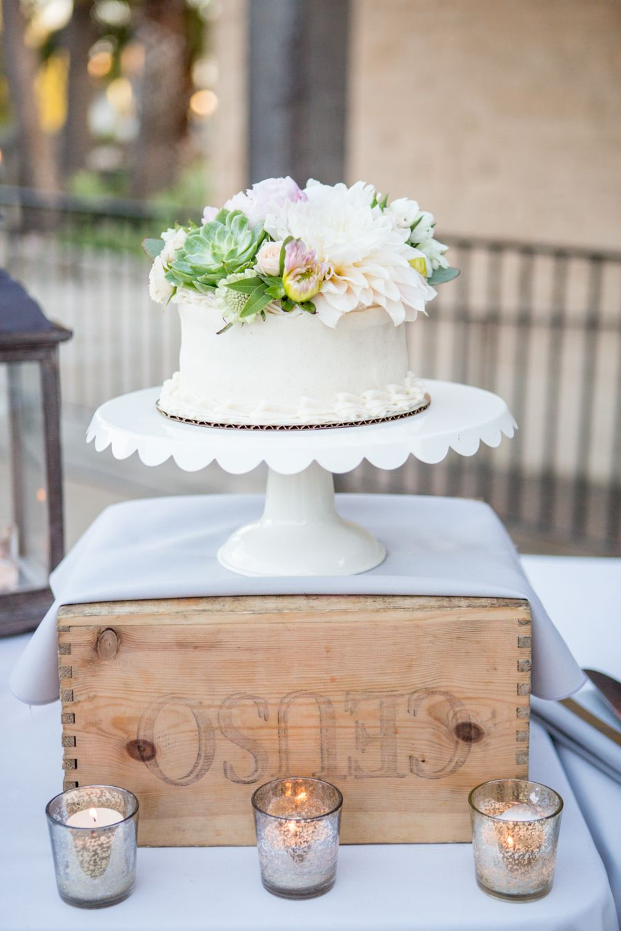 this rustic chic wedding isn t just pretty it s a party beautiful rh pinterest co uk