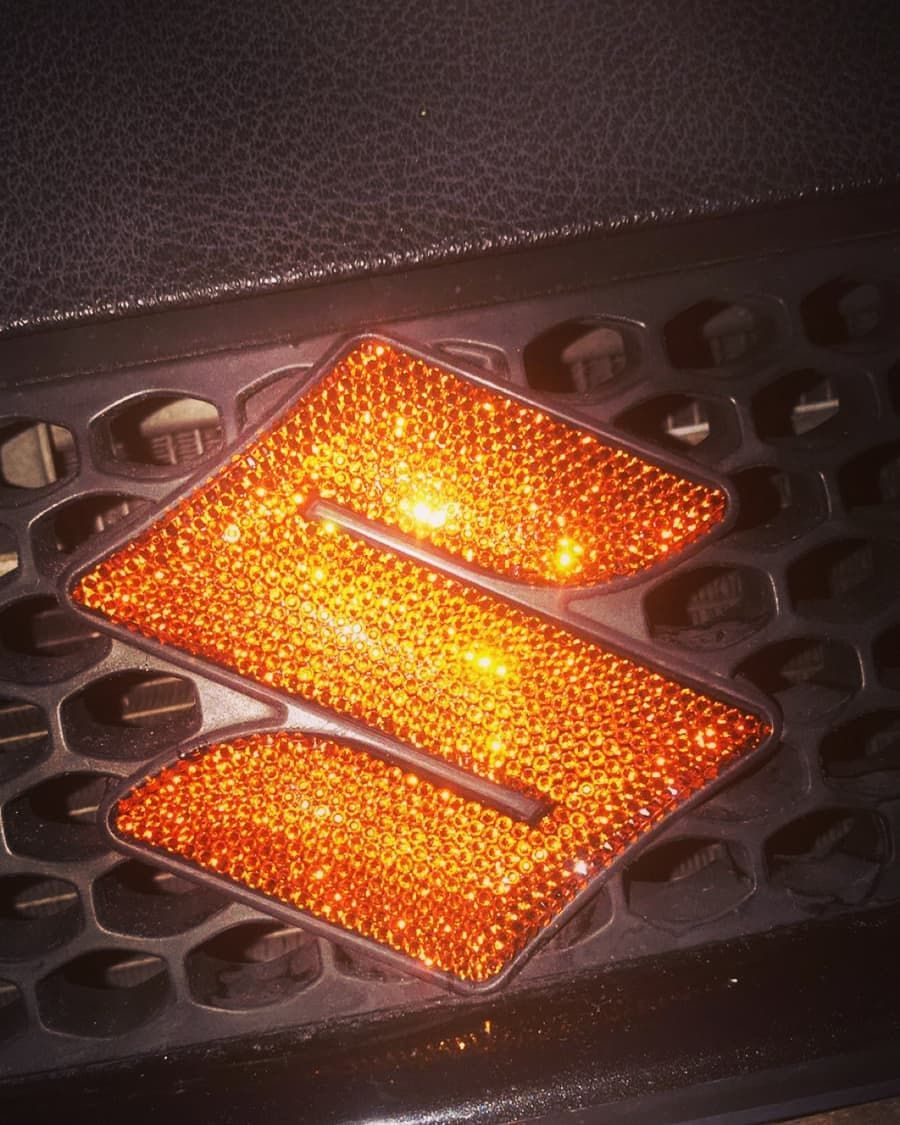 This Suzuki Emblem Donnaatjuhh Very Bling The Orange Oranje Jdmtuning Suzukituning Suzukiswift Customized With Crystal Car Bling Crystals Suzuki Swift [ 1125 x 900 Pixel ]