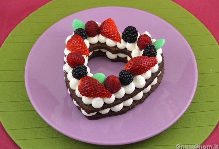 Torta per due a forma di cuore   Ricetta   Ricette, Torte ...