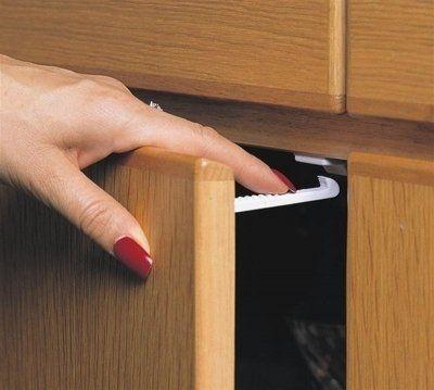 Dreambaby Cabinet Child Baby Cupboard Door Locks Drawer Safety Catches 6 PK