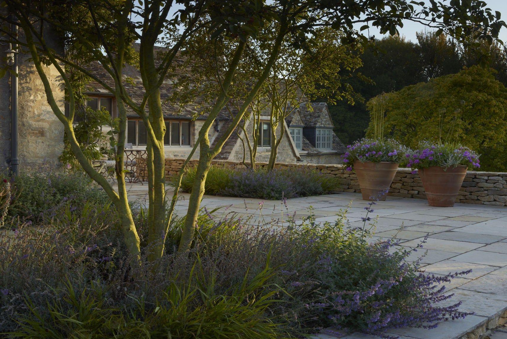 3 4 1 Cirencester 5 Tree Garden Design Country Gardening Dry Garden