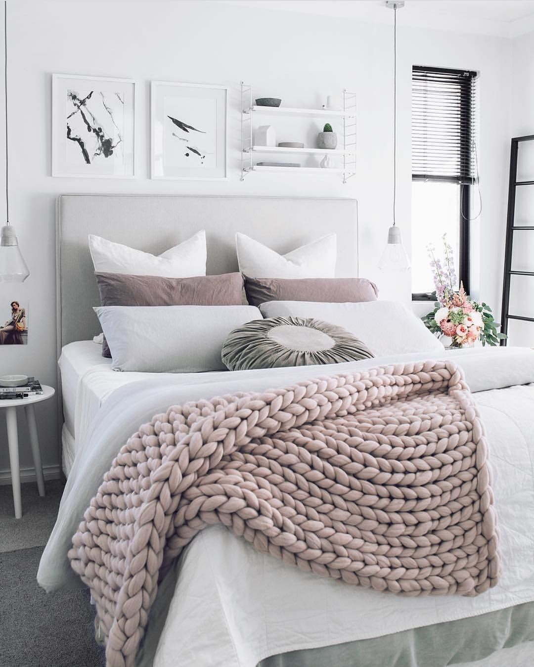 A chunky knit wool throw adds texture