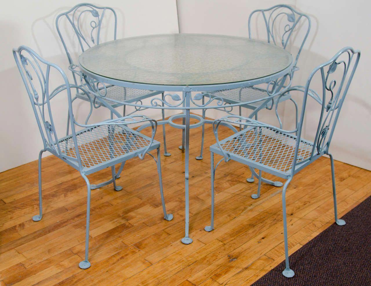 Best Oversized Overstuffed Chair Comfyoverstuffedchairs Post 400 x 300