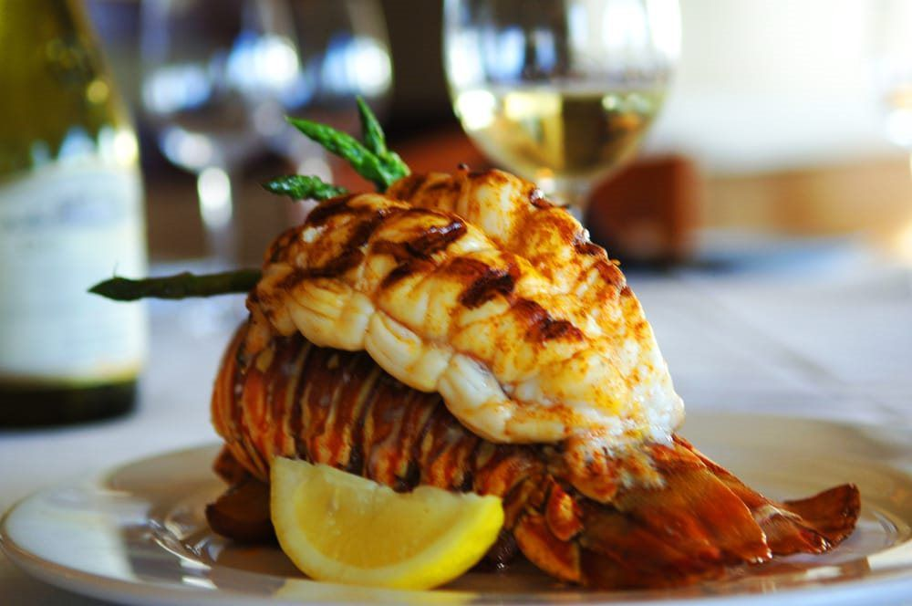 fine dining and waterfront options at the pier 22 restaurant marina rh pinterest com