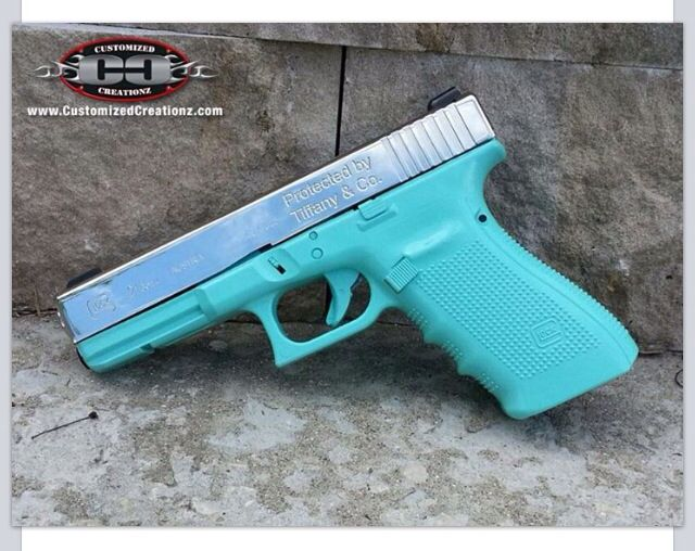 5590727b395 Tiffany  amp  Co. Glock 9mm Loading that magazine is a pain! Excellent  loader