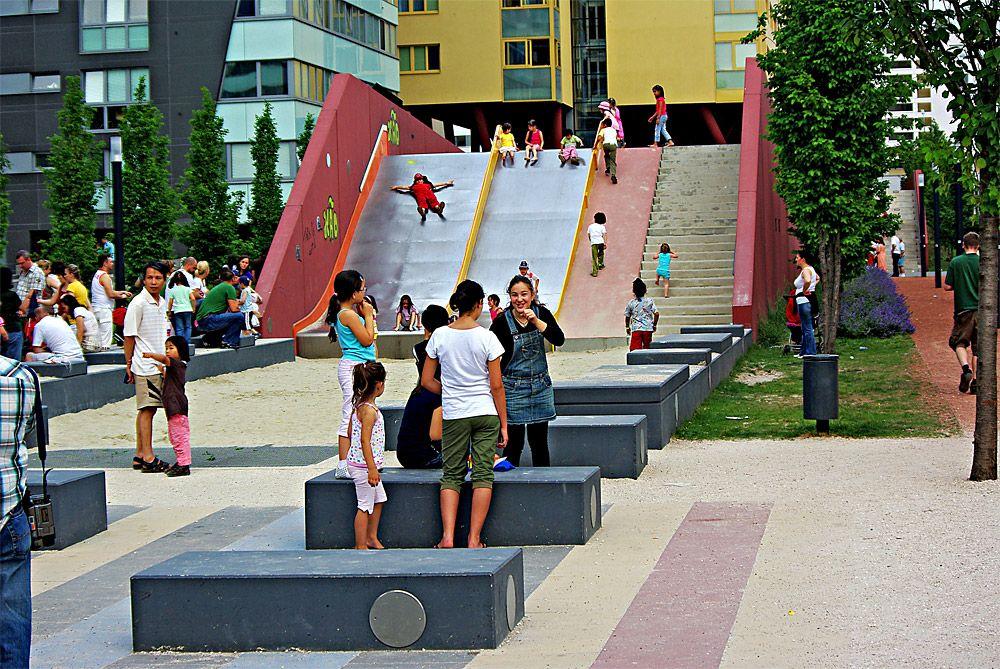 Park monte laa by marta schwarz 3 0 landschaftsarchitektur wien austria 2006 playground - Landschaftsarchitektur osterreich ...
