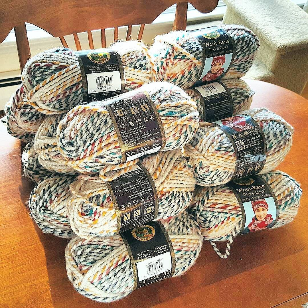 Look at this hudson bay stash maitaiumbrella is getting ready look at this hudson bay stash is getting ready to make the chunky blanket and i am by rescuedpawdesigns bankloansurffo Image collections