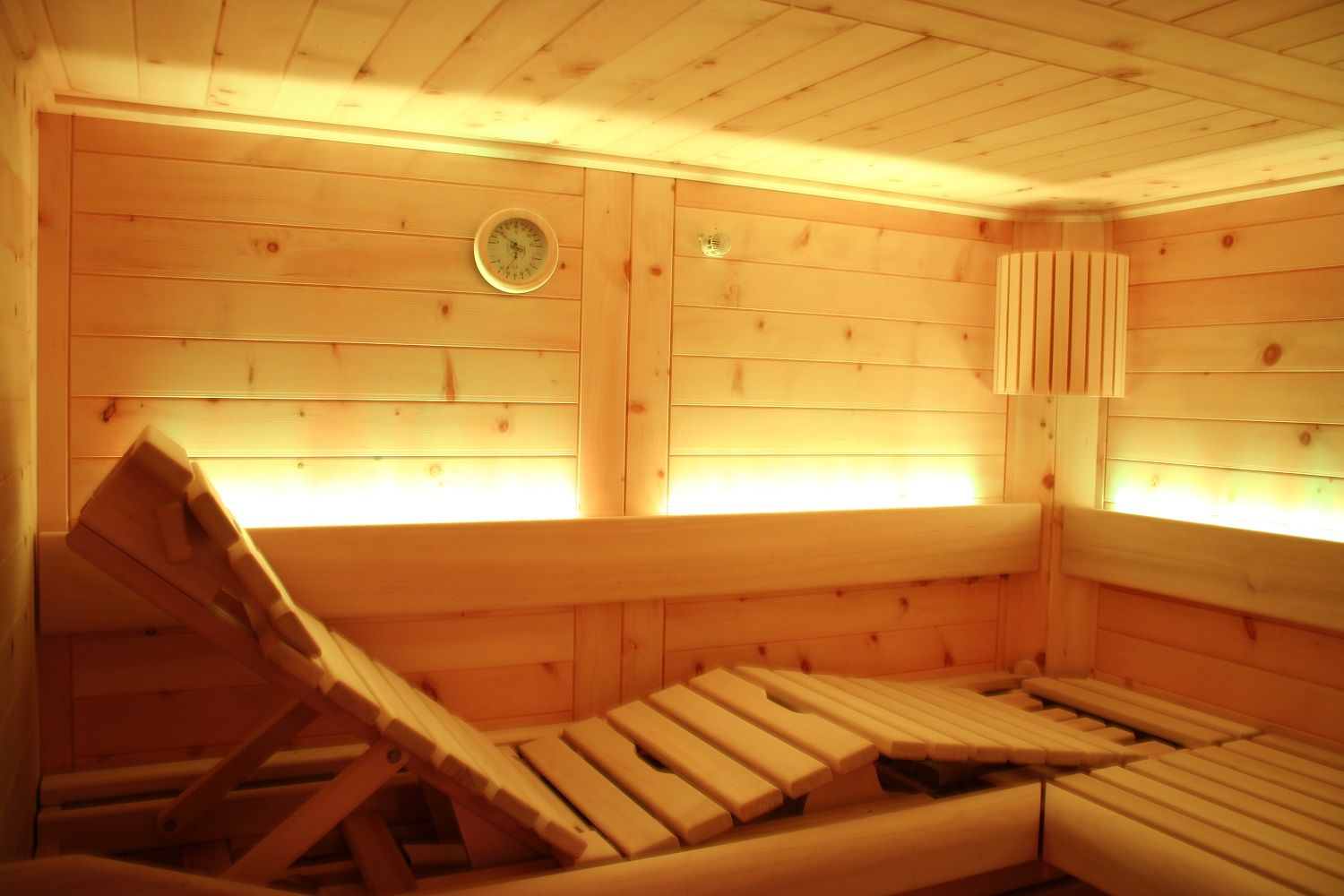 holz zubeh r f r sauna google pinterest saunas and indoor sauna. Black Bedroom Furniture Sets. Home Design Ideas