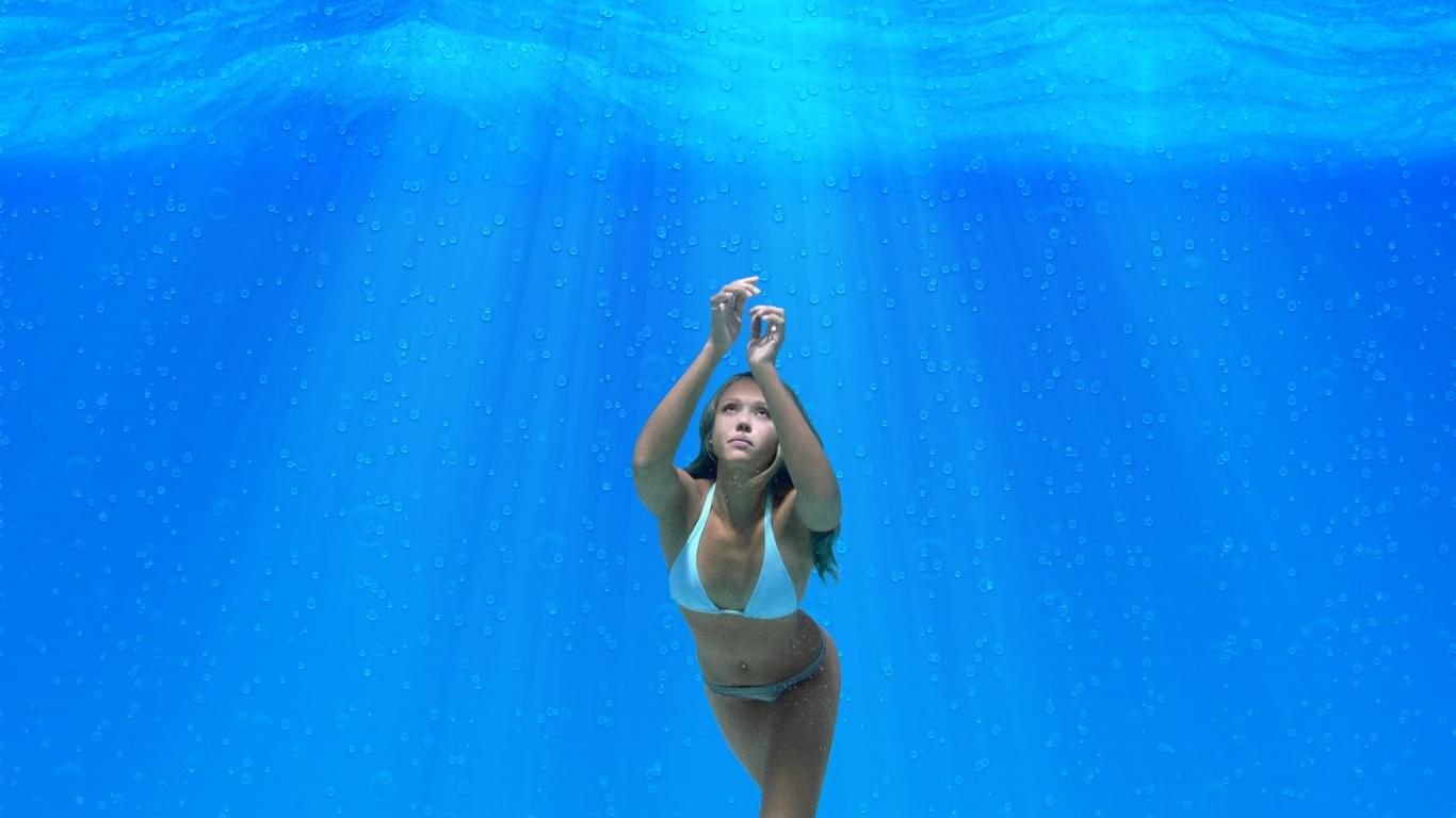 how to learn to hold your breath longer underwater