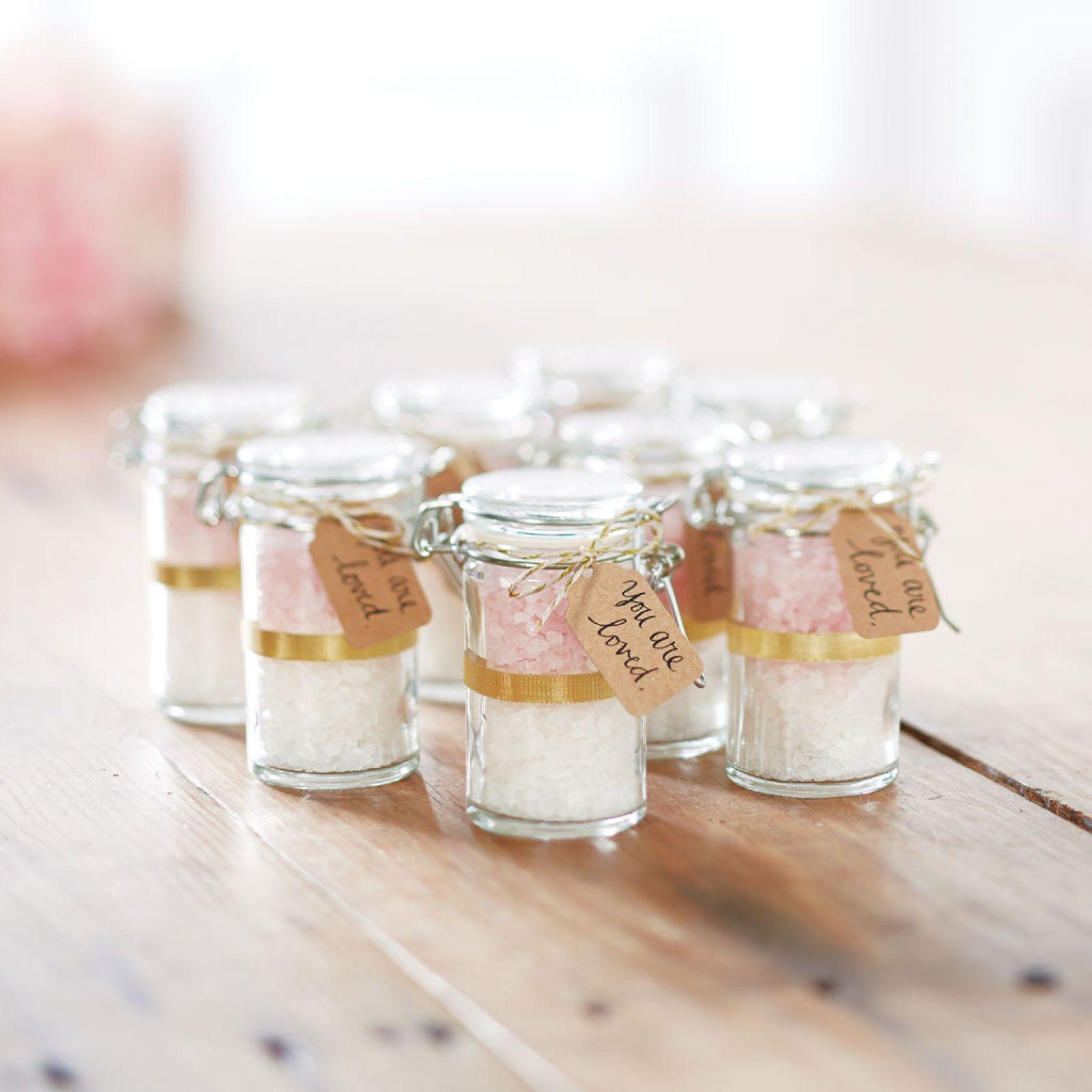DIY Bath Salt Favor Jars | Wrapping & Homemade Gifts | Pinterest ...