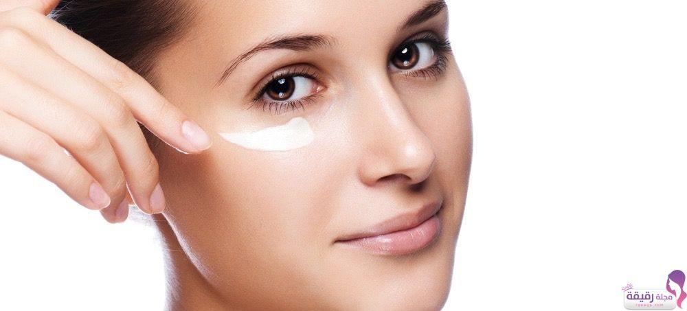 كريم اكرتين للتفتيح طريقة استخدامه الصحيحة موانع استعماله وسعره Under Eye Mask Undereye Skin Care Secrets