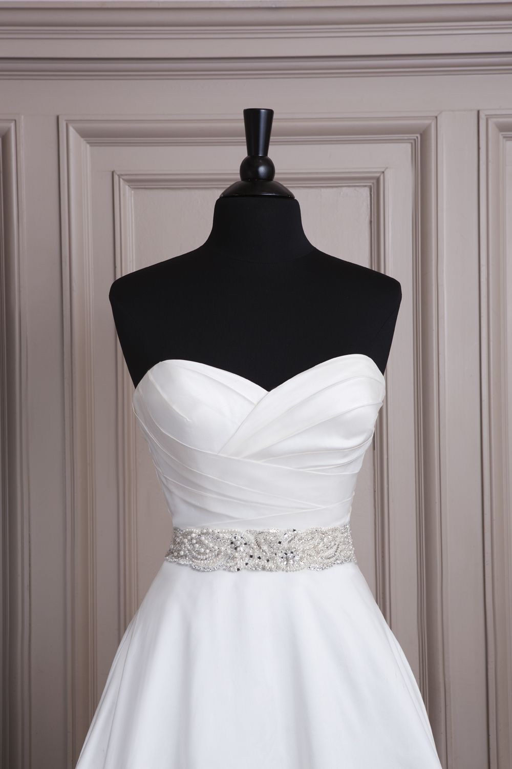 Pearl belt for wedding dress  Sincerity wedding accessories style A All over beaded belt with