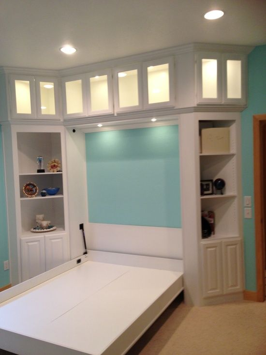 Murphy bed design from LivingwithLibby.com