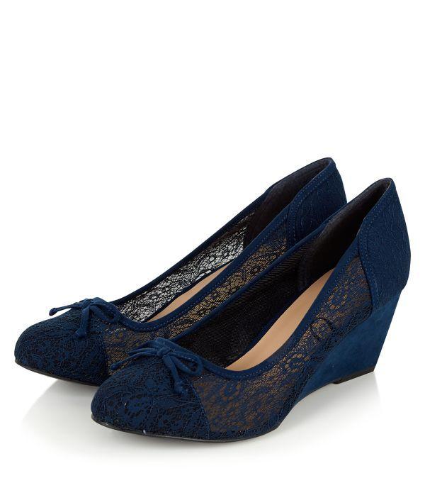 Wide Fit Navy Lace Wedges | Sapatos de