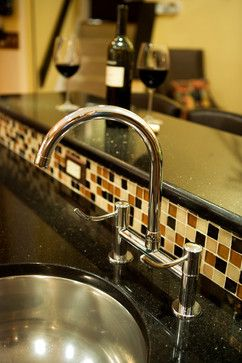 black galaxy countertop with beige bronze and black glass mosaic rh pinterest com