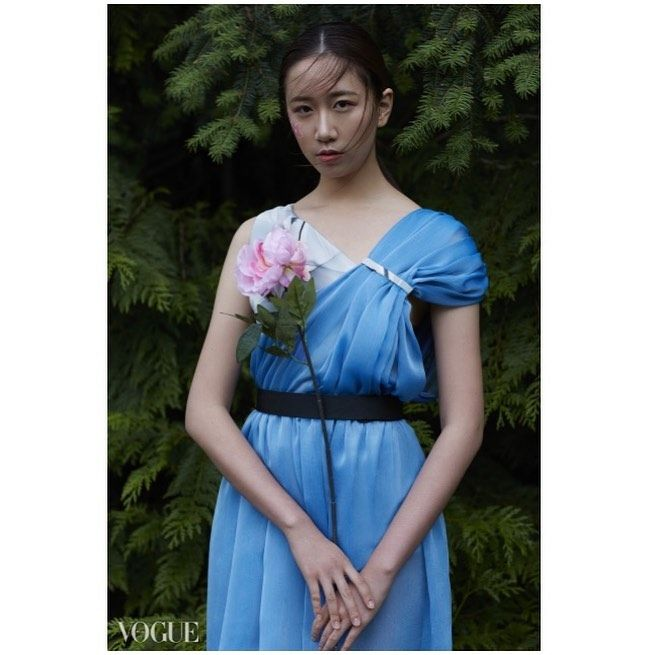 @vogueitalia  We specializing in one of a kind pieces created to the clients taste. High quality fabrics. Tailoring.  DM for quotes and consultation or  Email @kanondesigne@gmail.com 〜 一点物のオーダー服のデザイン、製作を手掛けるカナダ人ファッションデザイナー。 高級生地使用、仕立て、型製作、ユニークなデザインとイラストを提供します。 メッセージ又は下記Eメールよりお気軽にお問合せください。fashionista 〜 Model:  #人気#日本#モデル#写真#美人#バンクーバー#女子#着物#絹#かわいい#女の子#東京#京都 #photo#fashionphotography#fashionmodels#tokyo#osaka#ninkiclothing #kimono#fashionista#vogueitalia