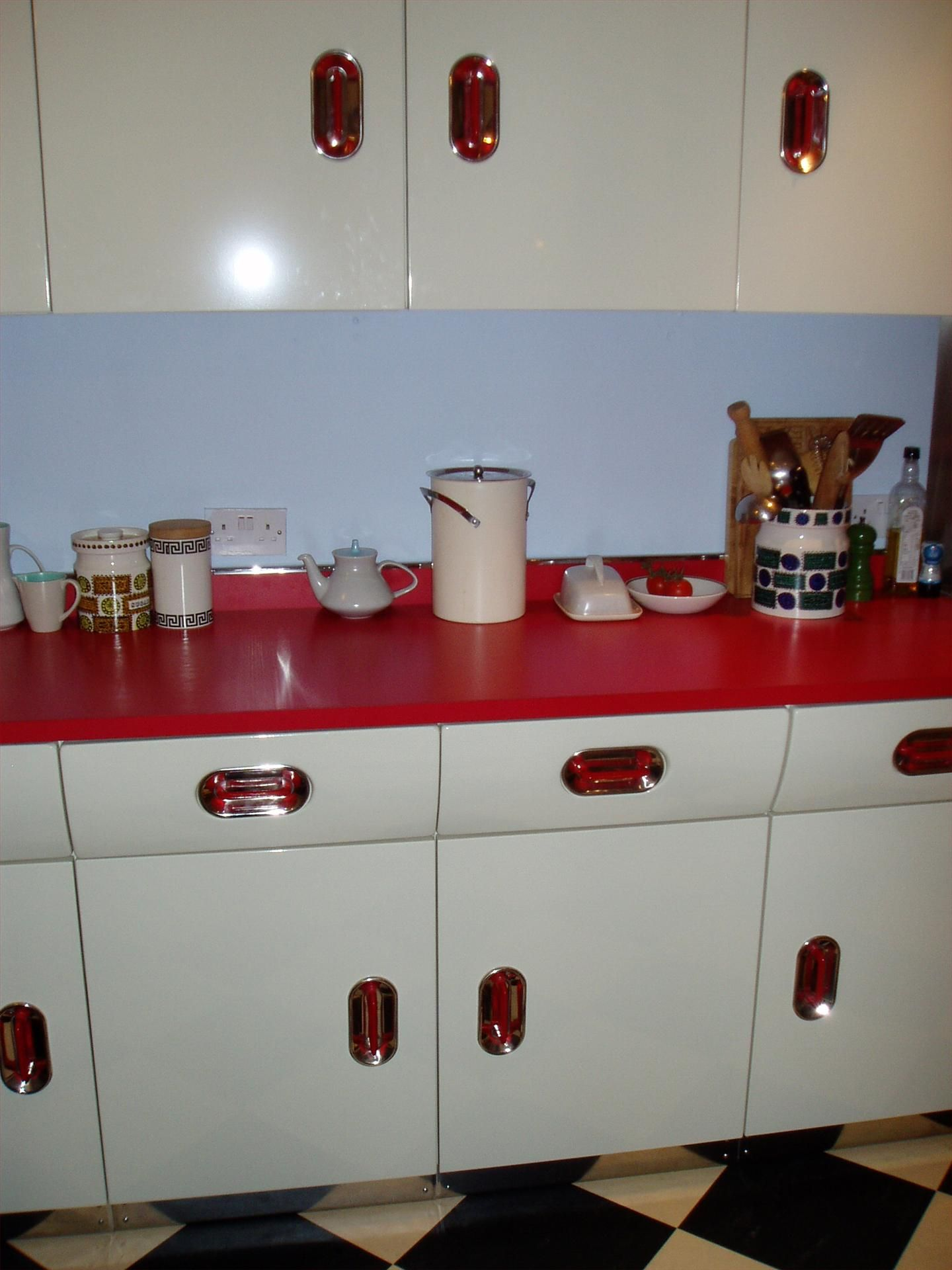 red 1950s reconditioned kitchen