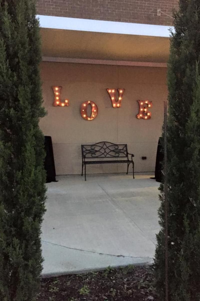 outdoor wedding venues dfw texas%0A The Gates on Main Street Weddings   Get Prices for Houston Wedding Venues  in La Porte