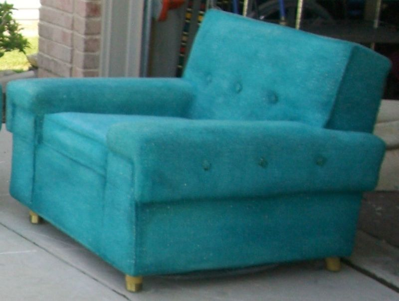 mod about you rare find mid century kroehler turquoise sofa and rh pinterest com