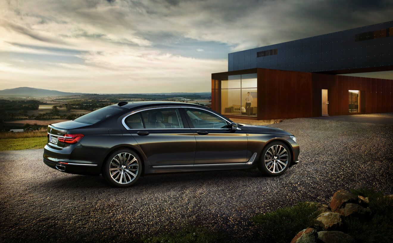 Bmw 7 Series Best Luxury Cars: The BMW 750i XDrive In Sophisto Grey Brilliant Effect