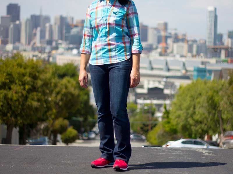 Colorful gingham popover | Bootcut jeans | Red running shoes |  www.shoppingmycloset.com