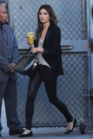 Lily Aldridge Arriving to Jimmy Kimmel Live February 17 2014