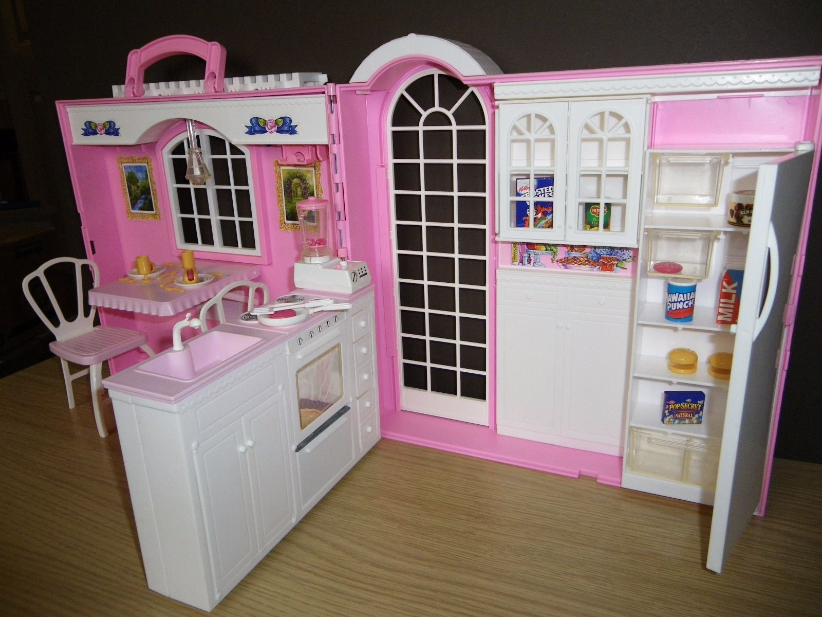 1998 Barbie Magic Kitchen Playset Barbie Magic