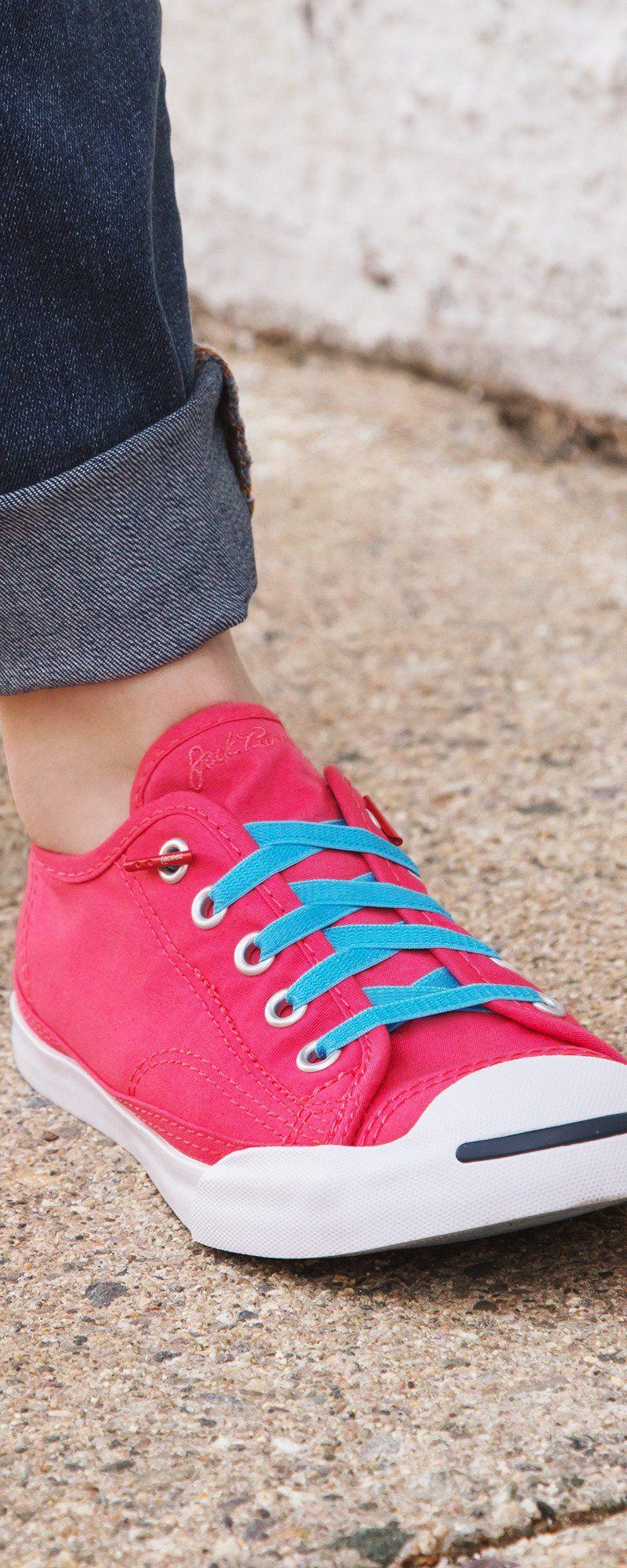 Shoe laces, Tie shoelaces, Tie shoes