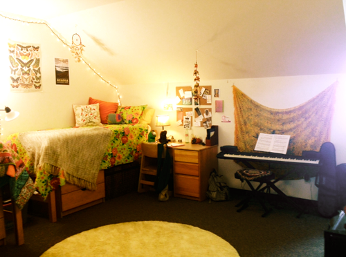 Nice This Is A Pretty Ideal Arragement (including The Keyboard). Cool Dorm RoomsCollege  Dorm RoomsCollege LifeBelmont UniversityCollege ... Home Design Ideas