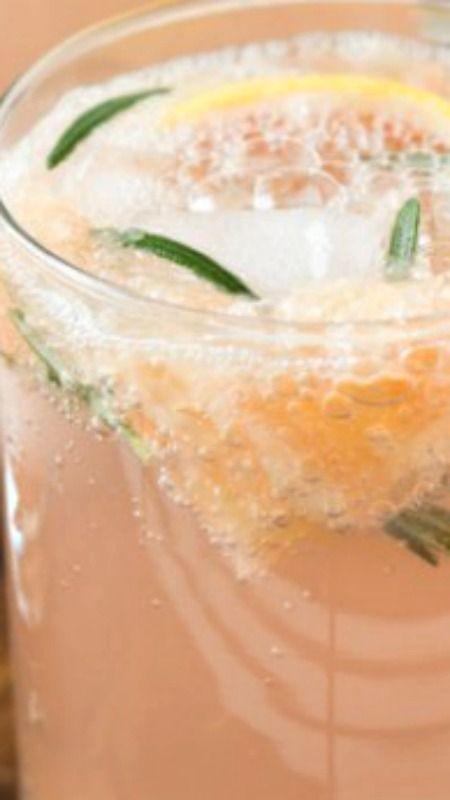 Sparkling Grapefruit Cocktails #grapefruitcocktail