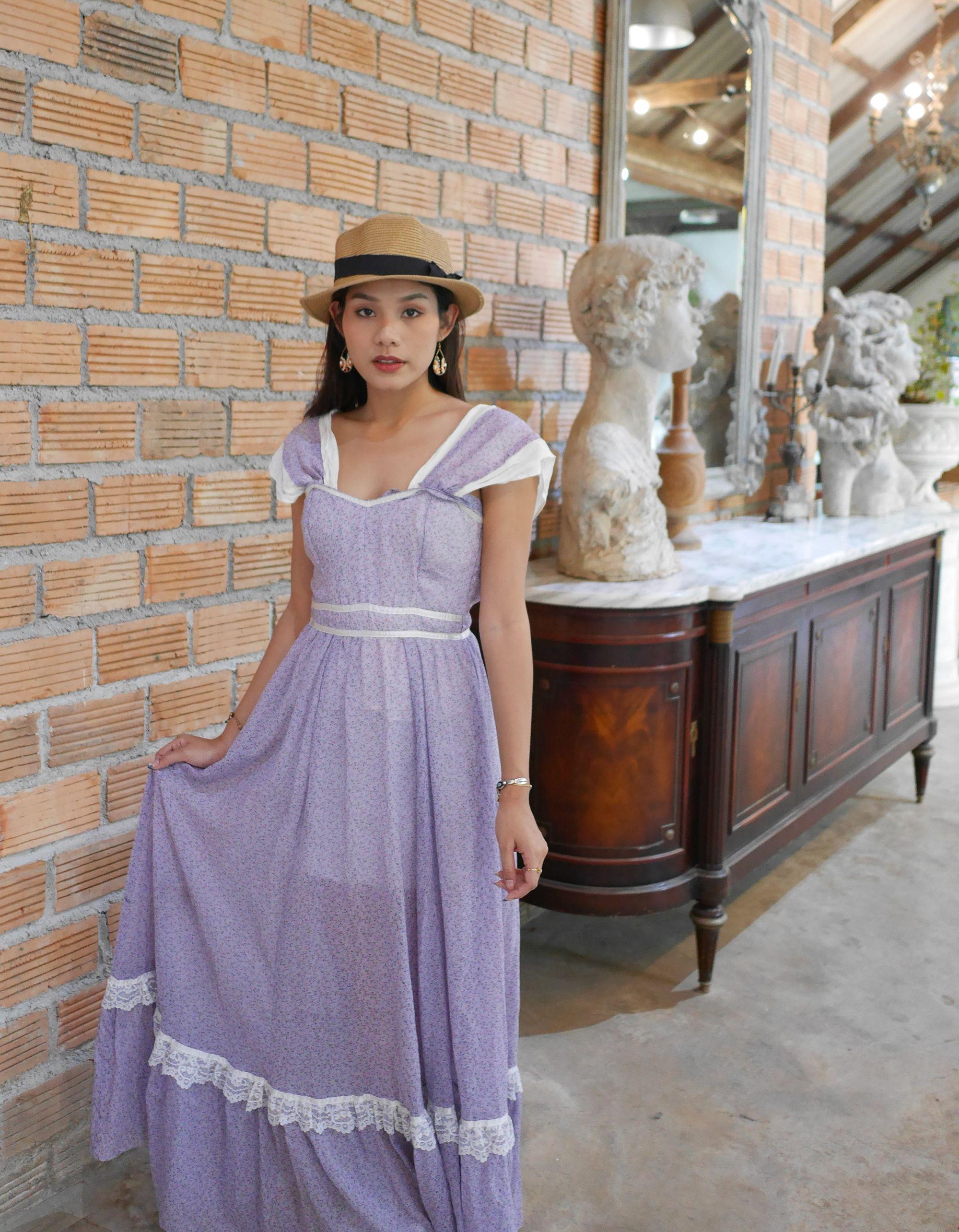 Vintage 1970s Purple Chiffon Maxi Dress Vintage Long Prom Dress 1970s With Lace Trim Vintage Maxi Dress Vintage Dresses Vintage Outfits [ 2569 x 2000 Pixel ]