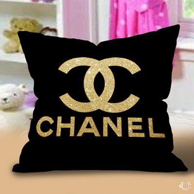 Cuscini Chanel.Gold Chanel Logo Pillow Cases Federe Cuscino Idee Arredamento