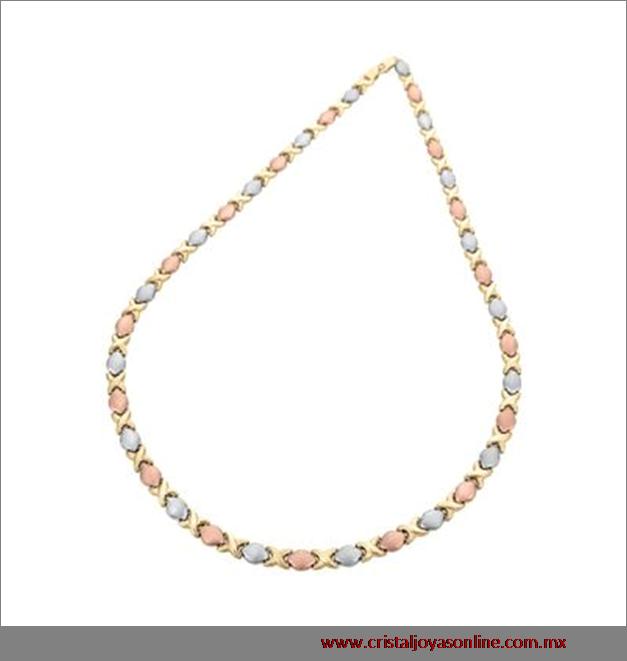 b86bf82c46a9 Gargantilla con un terminado pulido texturizado oro blanco rosa y amarillo   Elegante  Joya  CristalJoyas