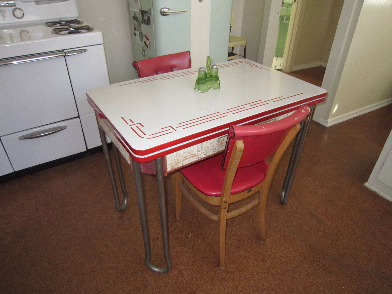 Antique kitchen table and chairs - Find This Pin And More On Vintage Enamel Kitchen Tables