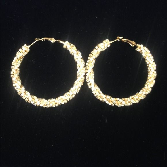 """Gold and rhinestones 2"""" hoops. New, sparkly, spiraled chunk. Jewelry"""