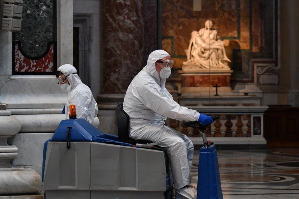 الفاتيكان يفتح أبواب كاتدرائية القديس بطرس أمام السياح Trash Can