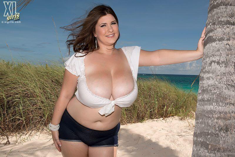 nice chubby beautiful milf 1