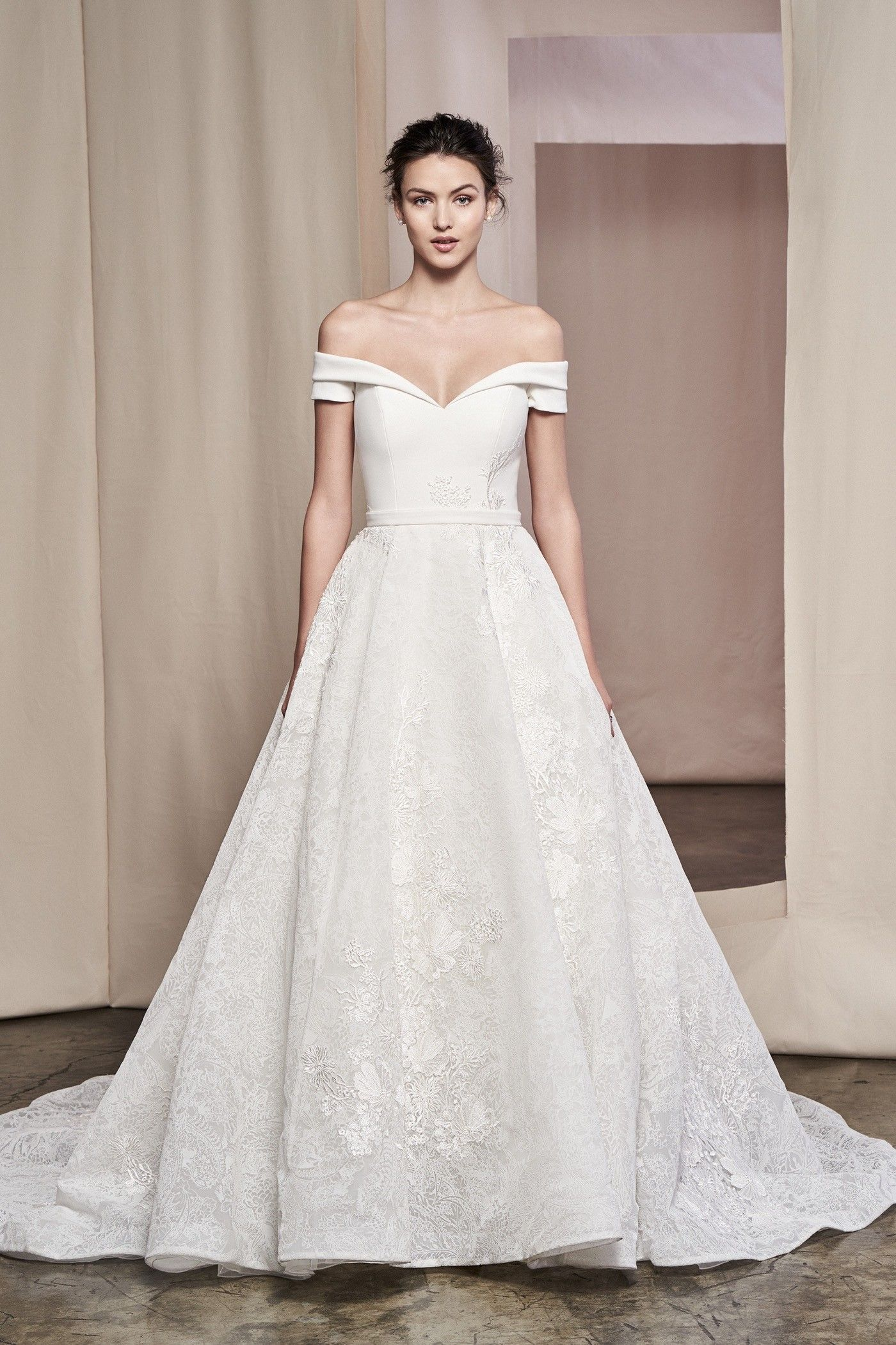 Hochzeitskleider - Bilder-Galerie und Brautkleider-Trends  Kleid