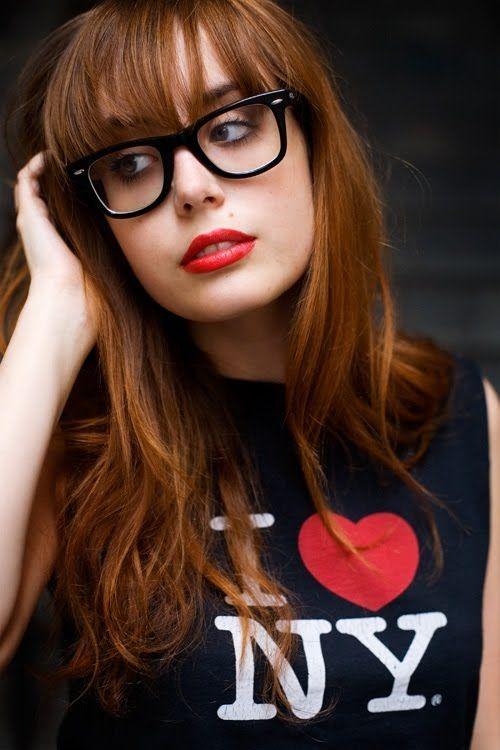 168b132a903 beautiful geek Wearing Glasses, Bangs And Glasses, Super Glasses, New  Glasses, Girls