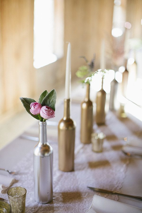 Using Spray Painted Wine Bottle as Centerpiece