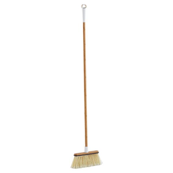 Full Circle Clean Sweep angled broom