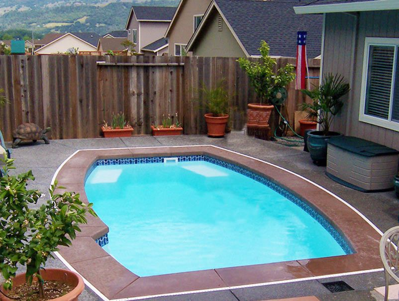 Cheap small inground pool designs for small spaces pool for Cheap inground pools