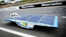 De zonne-auto van de TU Delft